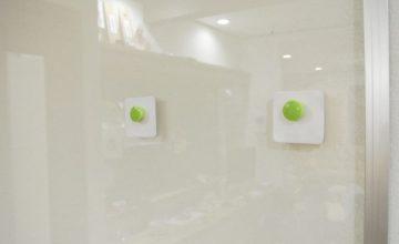 透明ホワイトボード・磁石2
