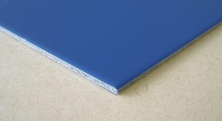 色品番(BUL-)ブルー