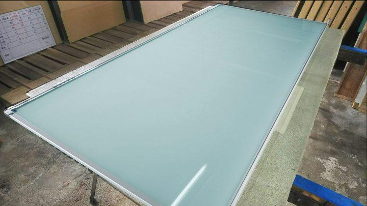 透明ホワイトボード1101