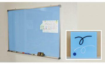 透明ホワイトボード(ブルー色・裏白)1