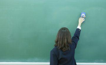 黒板やメニューボードを長くキレイに使用したい!ケアのコツは?